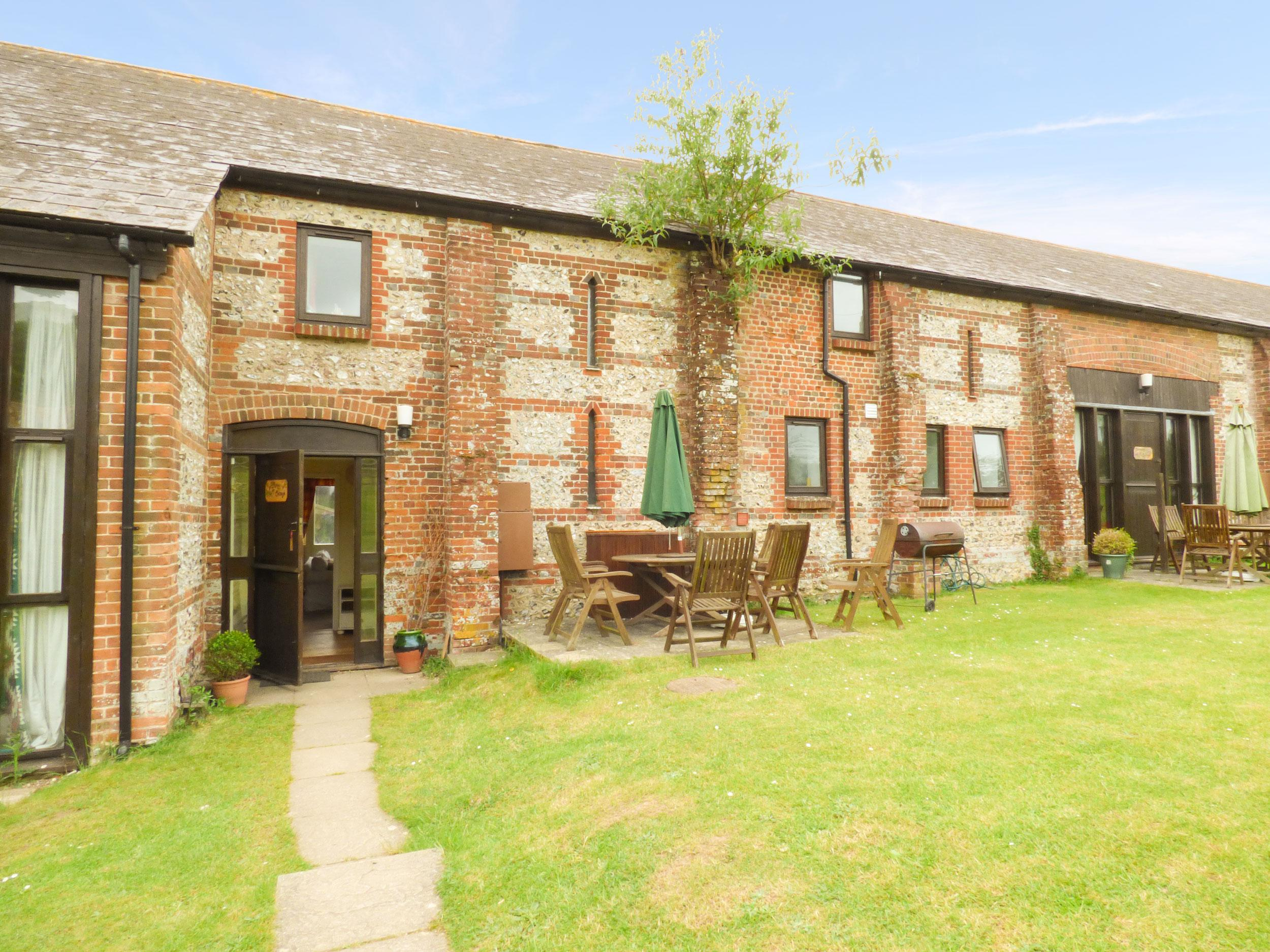 Holiday Cottage Reviews for Newfield Farm Cottages - Holiday Cottage in Blandford Forum, Dorset