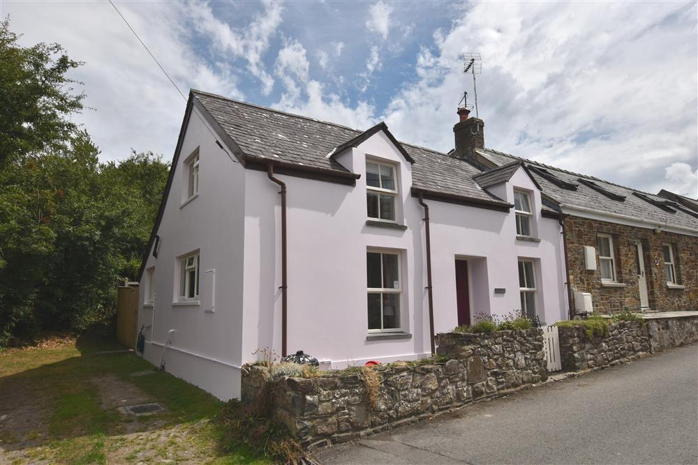 Holiday Cottage Reviews for Panteg Cottage - Holiday Cottage in Newport, Pembrokeshire