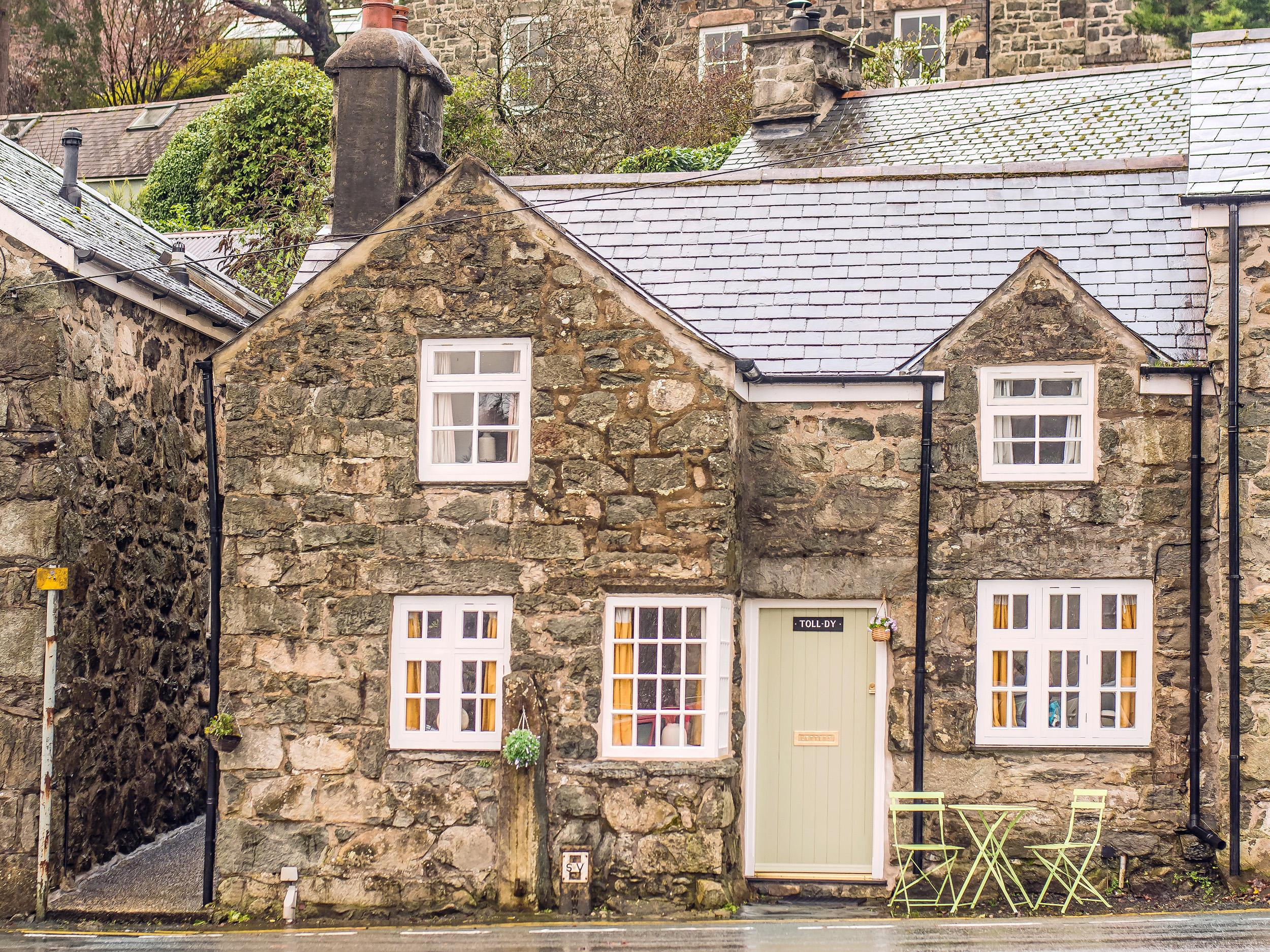 Holiday Cottage Reviews for The Toll House (Tolldy) - Holiday Cottage in Dolgellau, Gwynedd