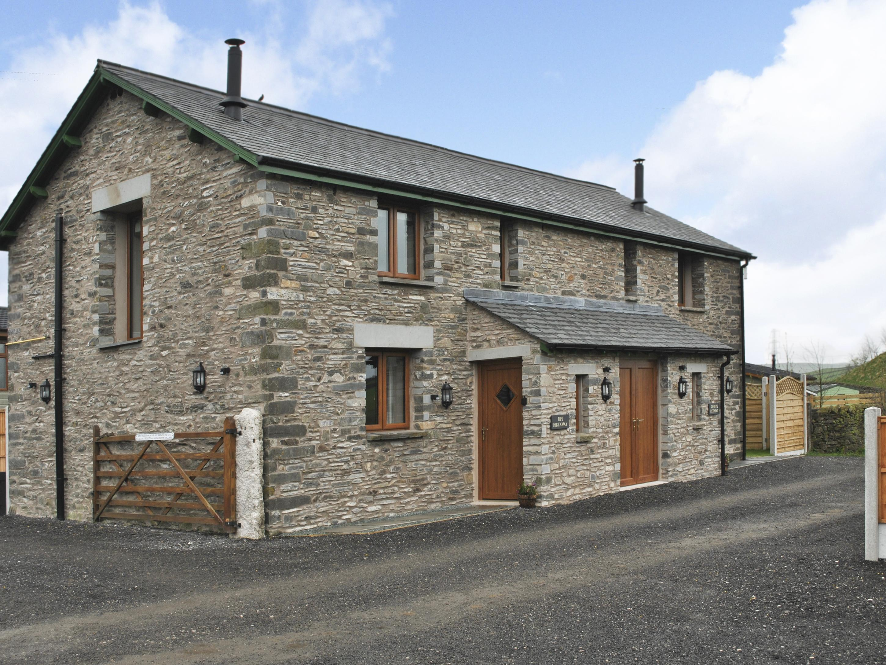 Holiday Cottage Reviews for Dinny's Retreat - Holiday Cottage in Kendal, Cumbria