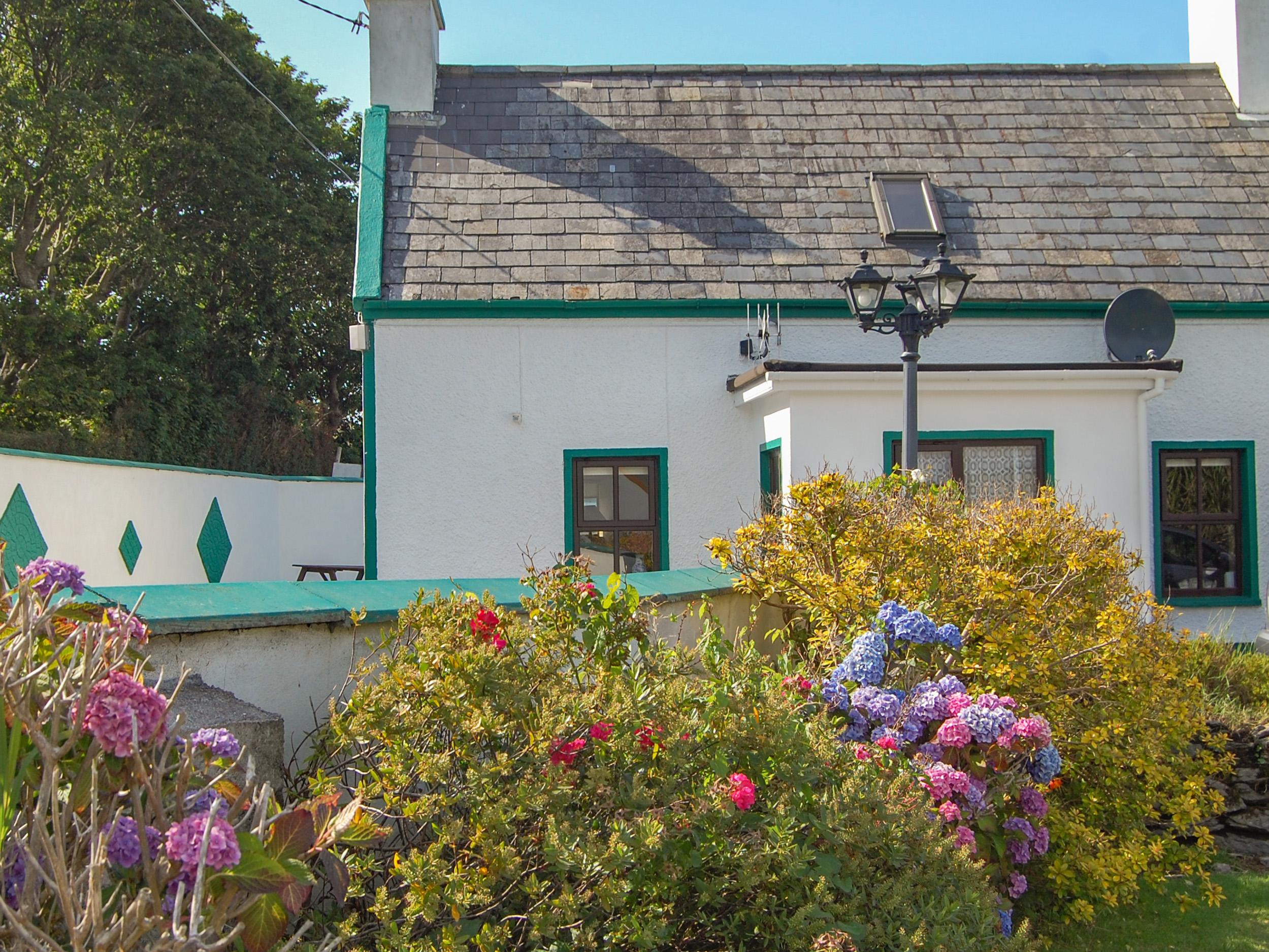 Holiday Cottage Reviews for Nana's House - Self Catering in Allihies, Cork