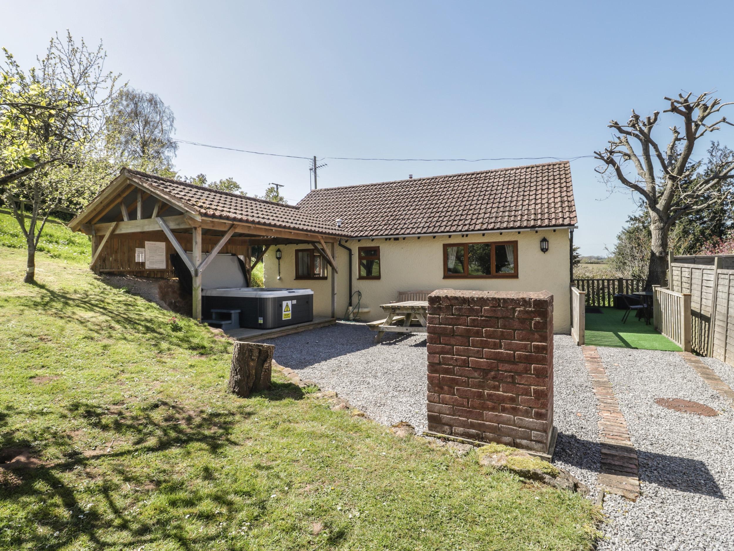 Holiday Cottage Reviews for Orchard Cottage - Holiday Cottage in Washford, Somerset