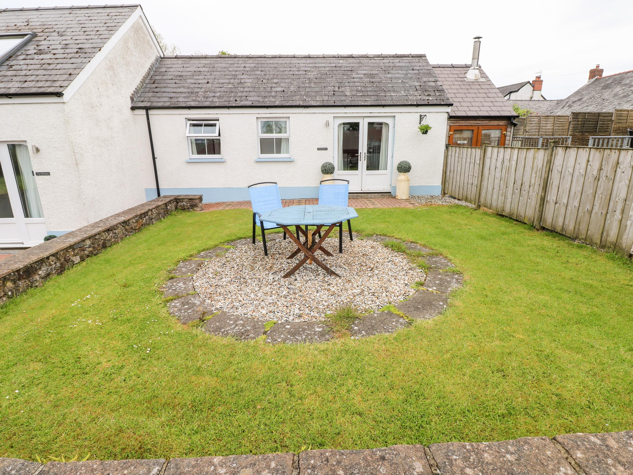 Holiday Cottage Reviews for Ty Glas - Cottage Holiday in Narberth, Pembrokeshire
