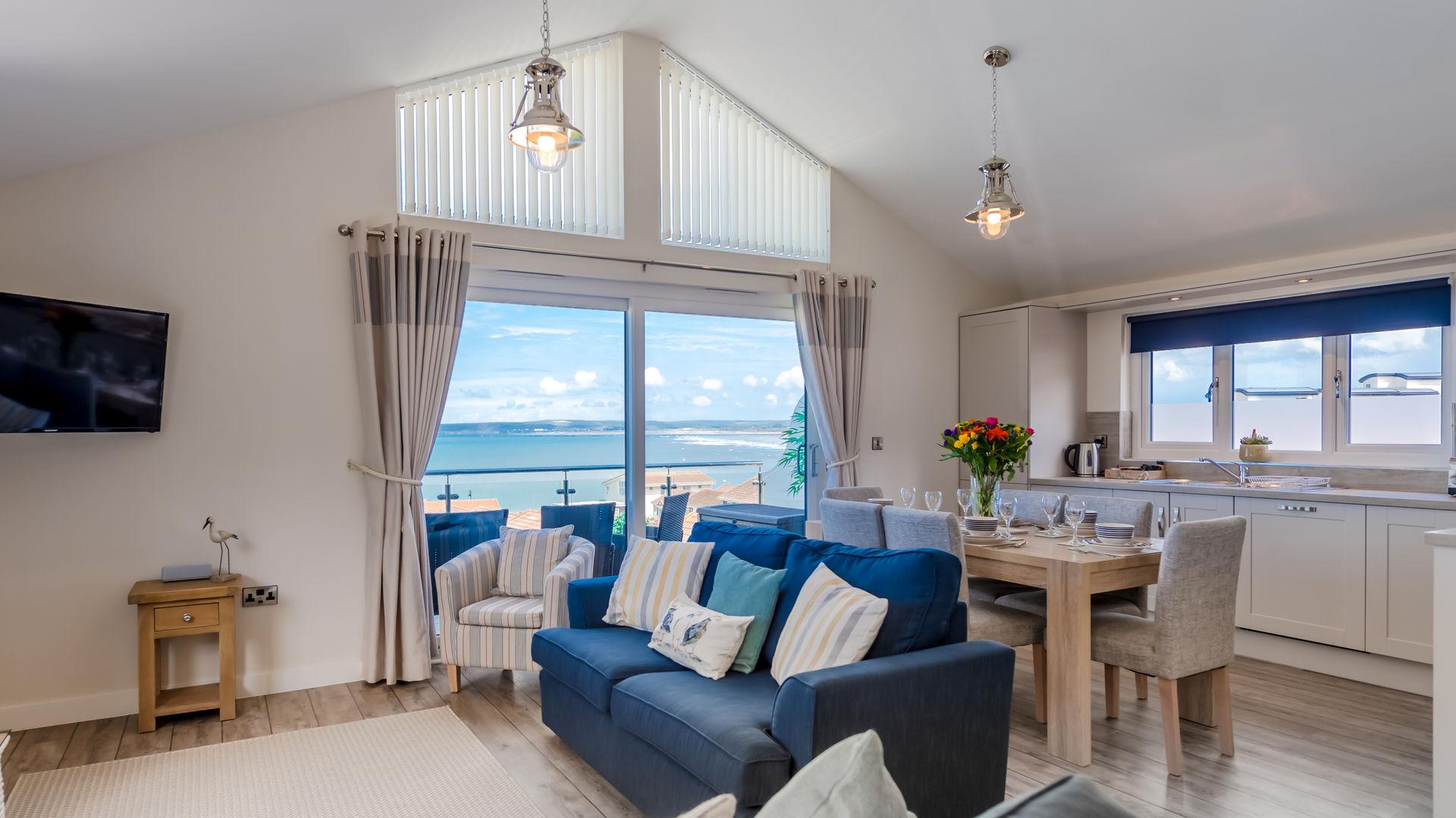 Sea Breeze Holiday Apartment