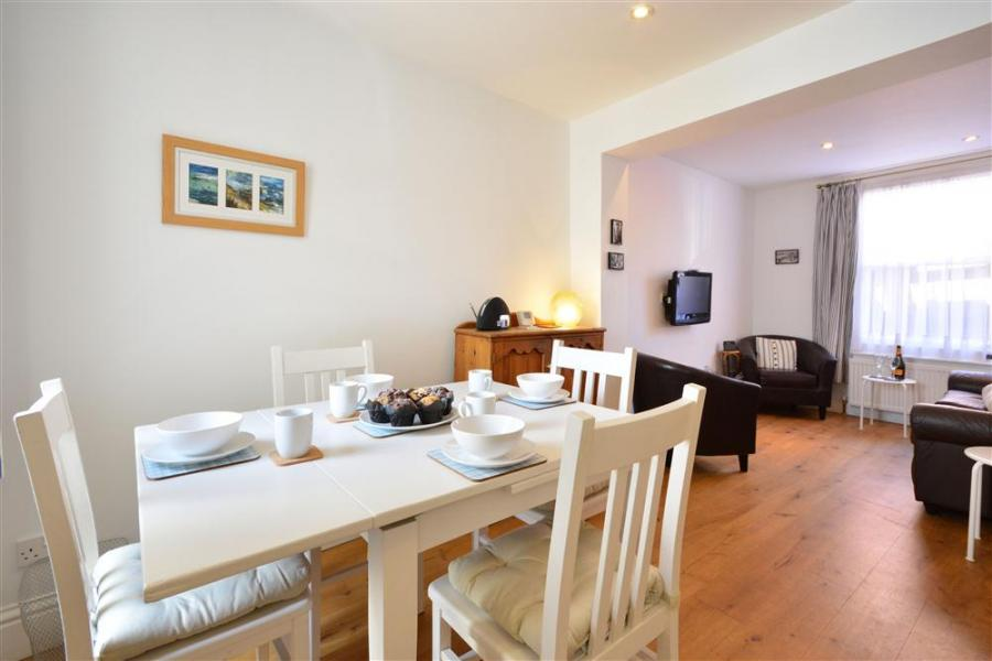 Seaholme Holiday Cottage Weymouth1