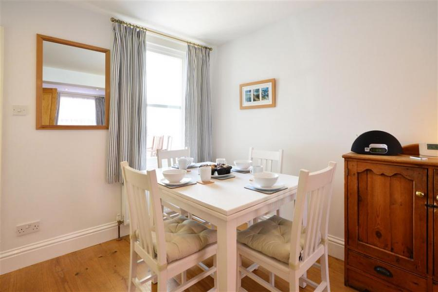 Seaholme Holiday Cottage Weymouth4