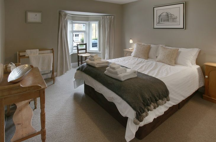 Sherborne House Chipping Campden Masterbedroom