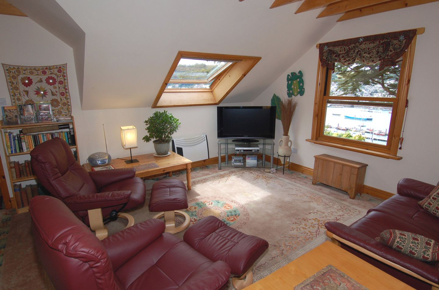 Tanglewood Holiday Cottage In Kingswear2