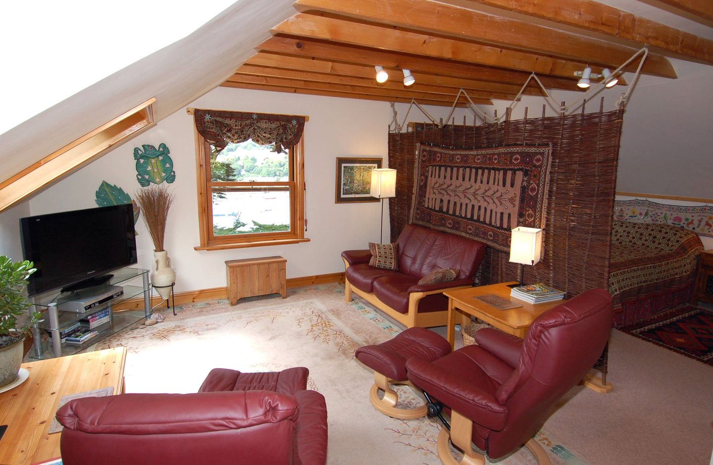 Tanglewood Holiday Cottage In Kingswear3
