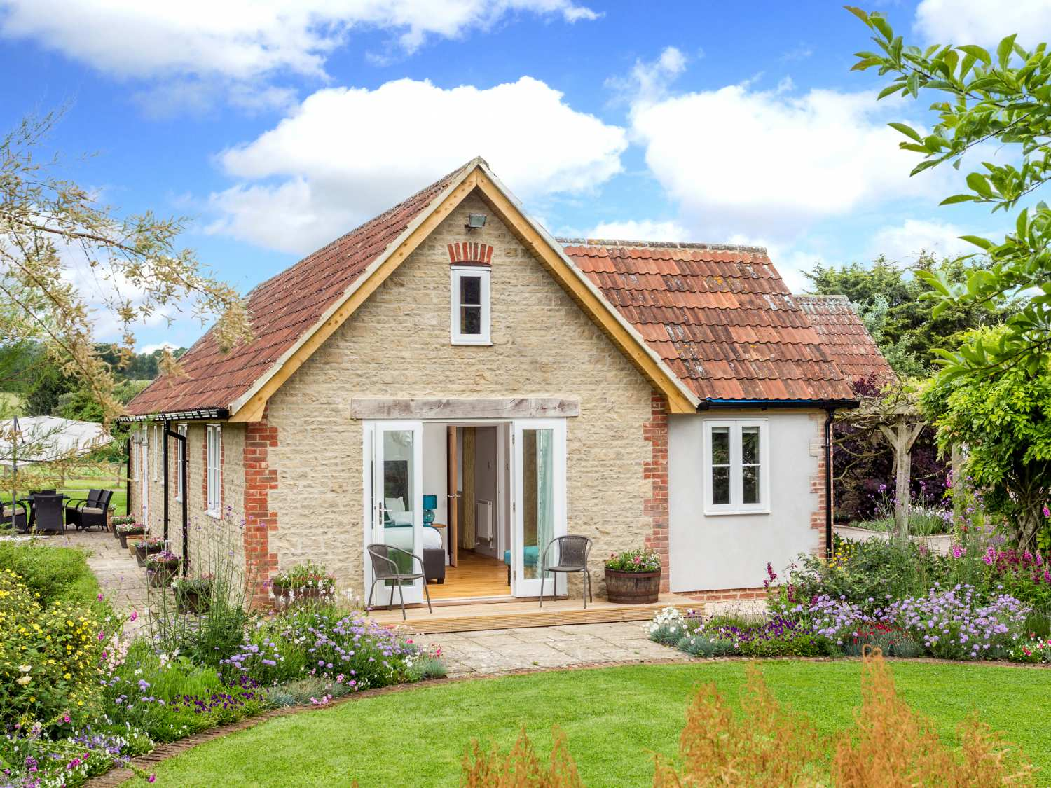 The Farm House Holiday Cottage Upper Seagry1