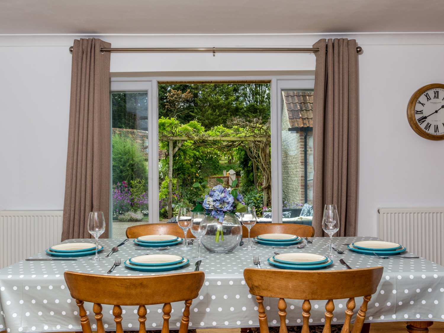 The Farm House Holiday Cottage Upper Seagry19
