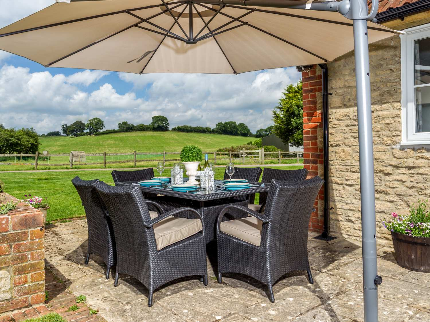 The Farm House Holiday Cottage Upper Seagry21
