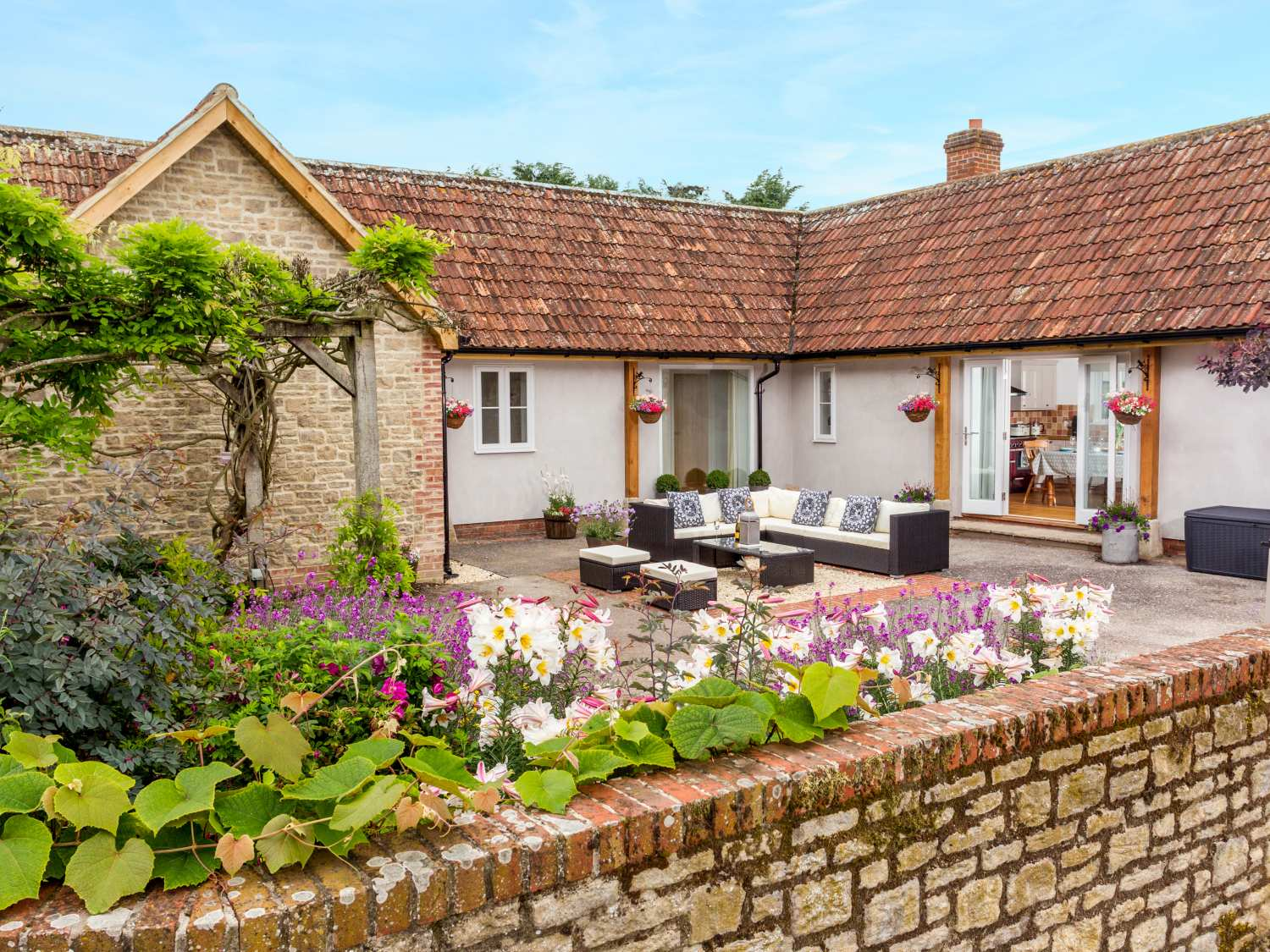 The Farm House Holiday Cottage Upper Seagry6