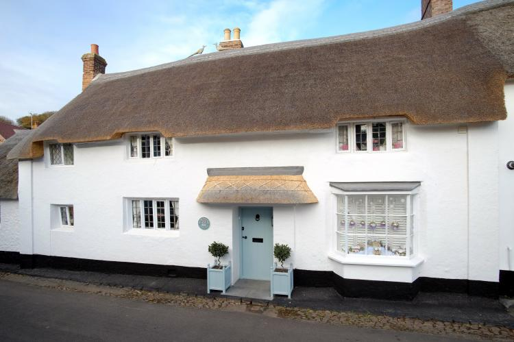 Holiday Cottage Reviews for The Old Sweet Shop - Holiday Cottage in Minehead, Somerset