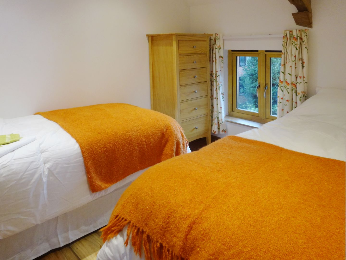 The Woodshed Upton Pyne Twin Bedroom