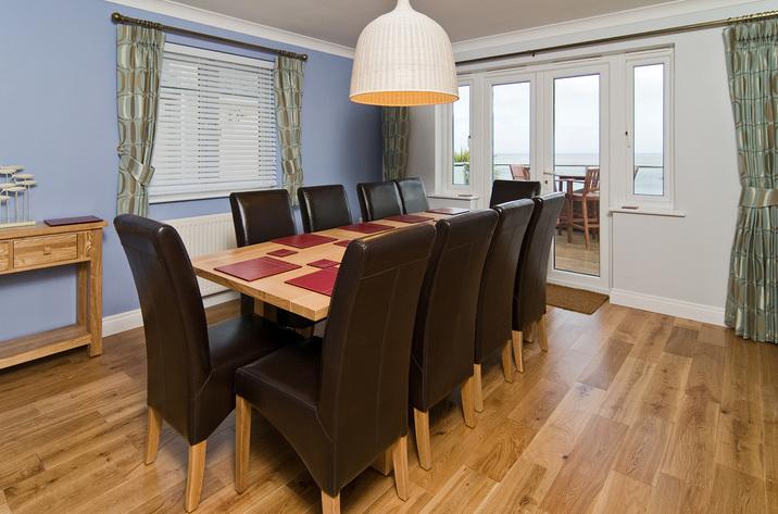 Trencrom Villa Carbisbay Diningroom