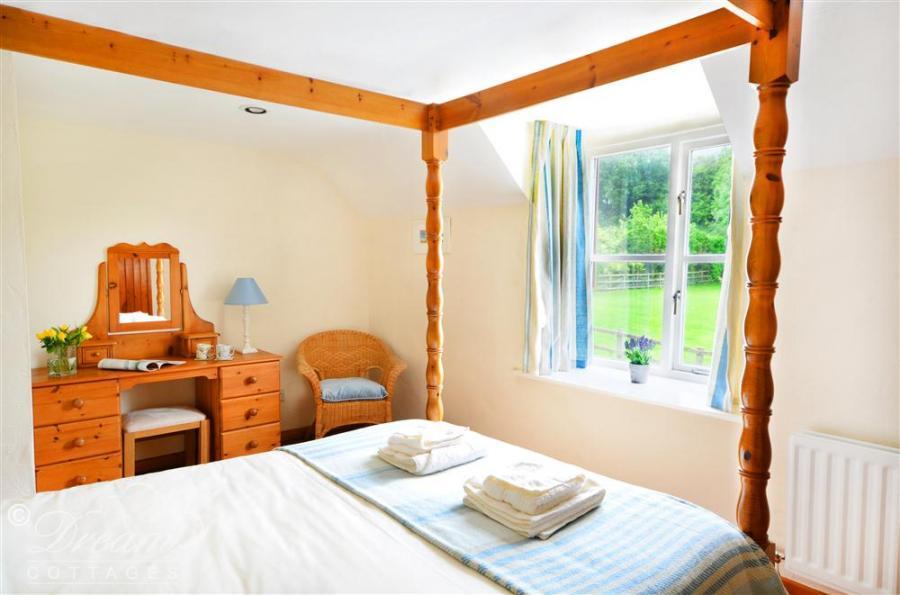 Wheatsheaf Cottage In Askerswell3