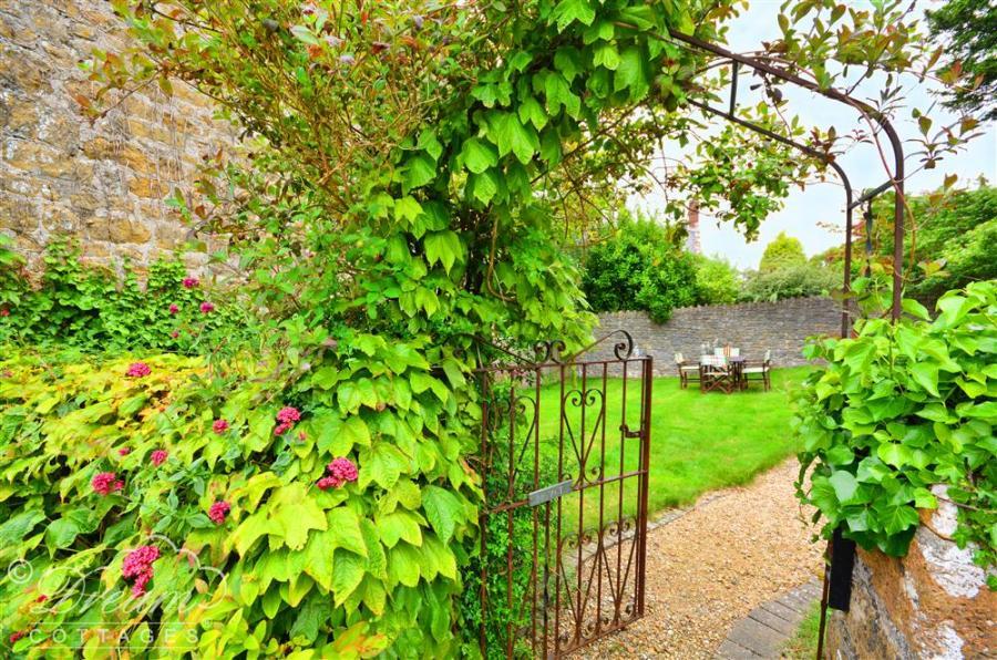 Wheatsheaf Cottage In Askerswell9