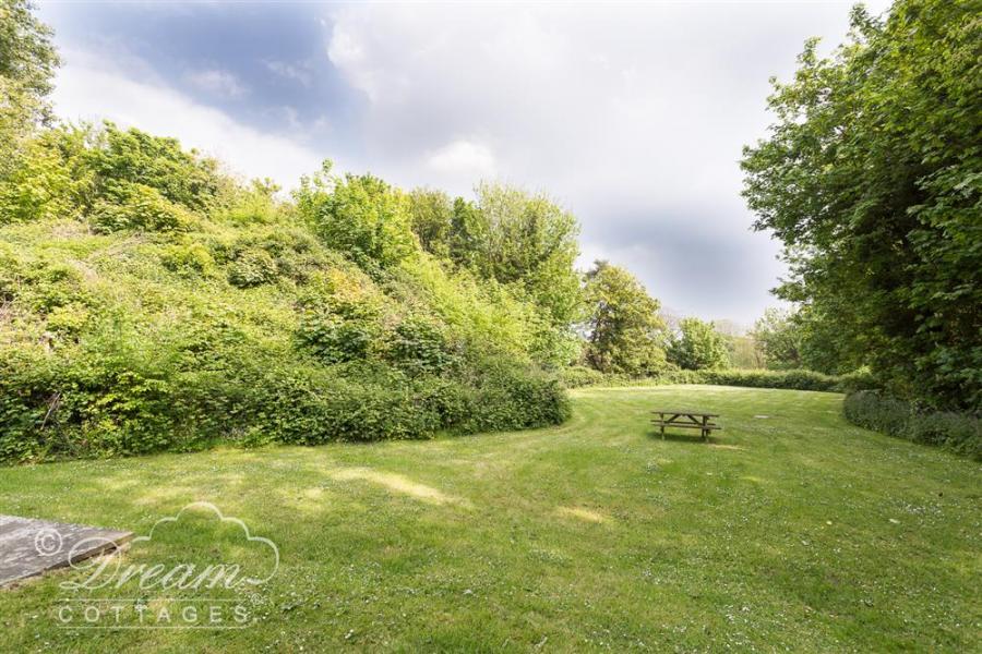 Woodlands Cottage Ringstead Bay12