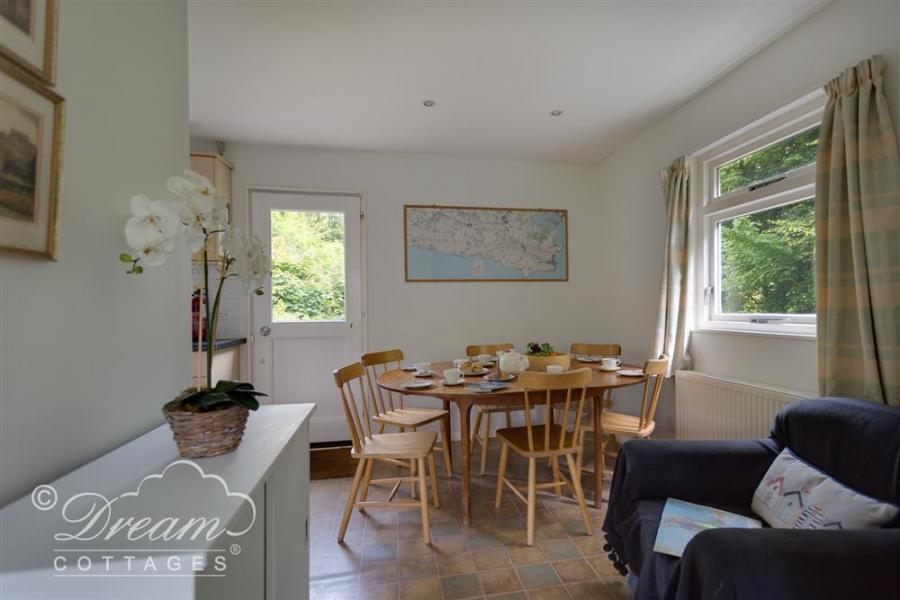 Woodlands Cottage Ringstead Bay8