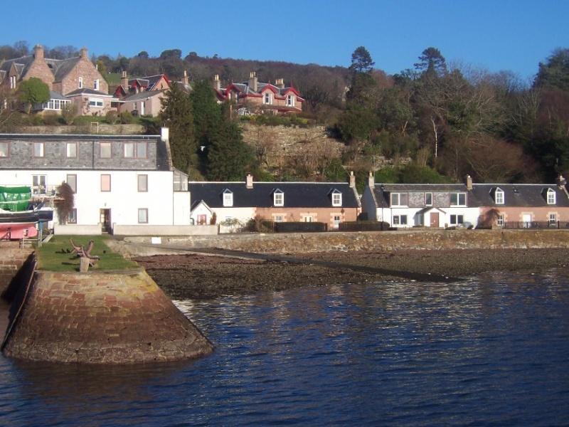 Fuchsia Cottage - Fortrose Harbour