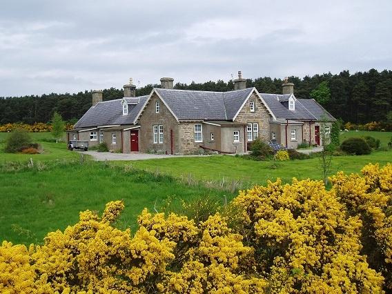 Easter Dalziel Farm Cottages