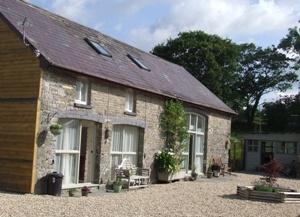 Cwmcrwth Farm Holiday Cottages